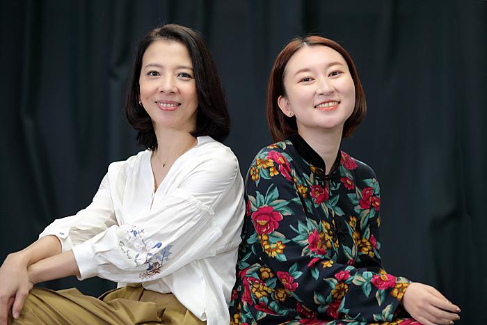 霧矢大夢(左)と稲葉賀恵