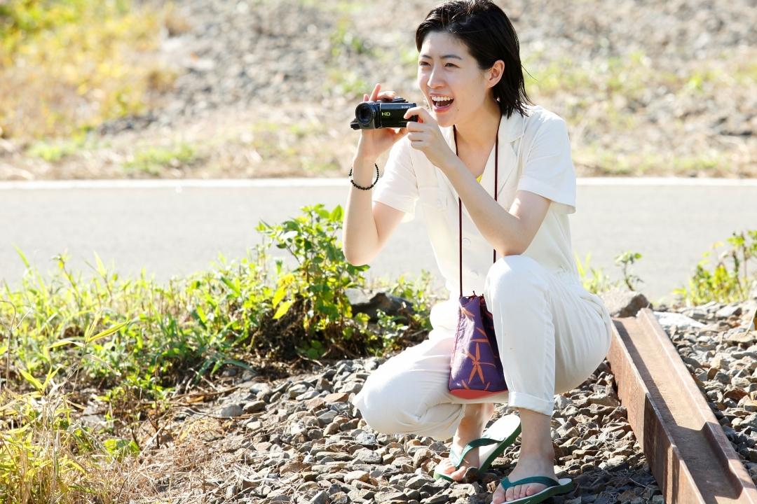 新場面写真 シム・ウンギョン (C)2019「ブルーアワーにぶっ飛ばす」製作委員会