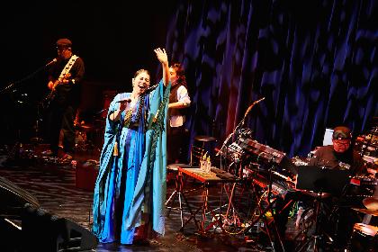 福原みほのツアーがビルボード東京で開幕 およそ1年ぶりに観客の前でみせた姿、届けた音