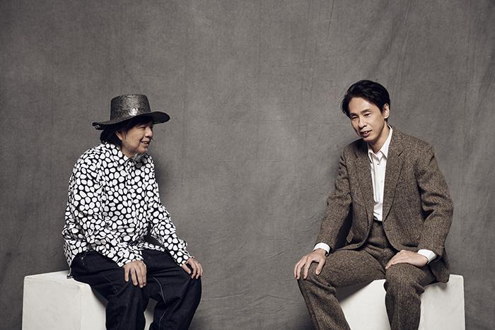 (左から)ケラリーノ・サンドロヴィッチ、大倉孝二  撮影:江隈麗志