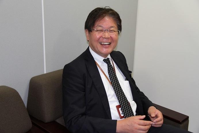 笑顔が素敵なフェスティバルホール支配人 西部宏志氏。 (C)Isojima