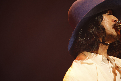 大橋トリオ、持田香織と布袋寅泰も駆けつけた10周年特別公演