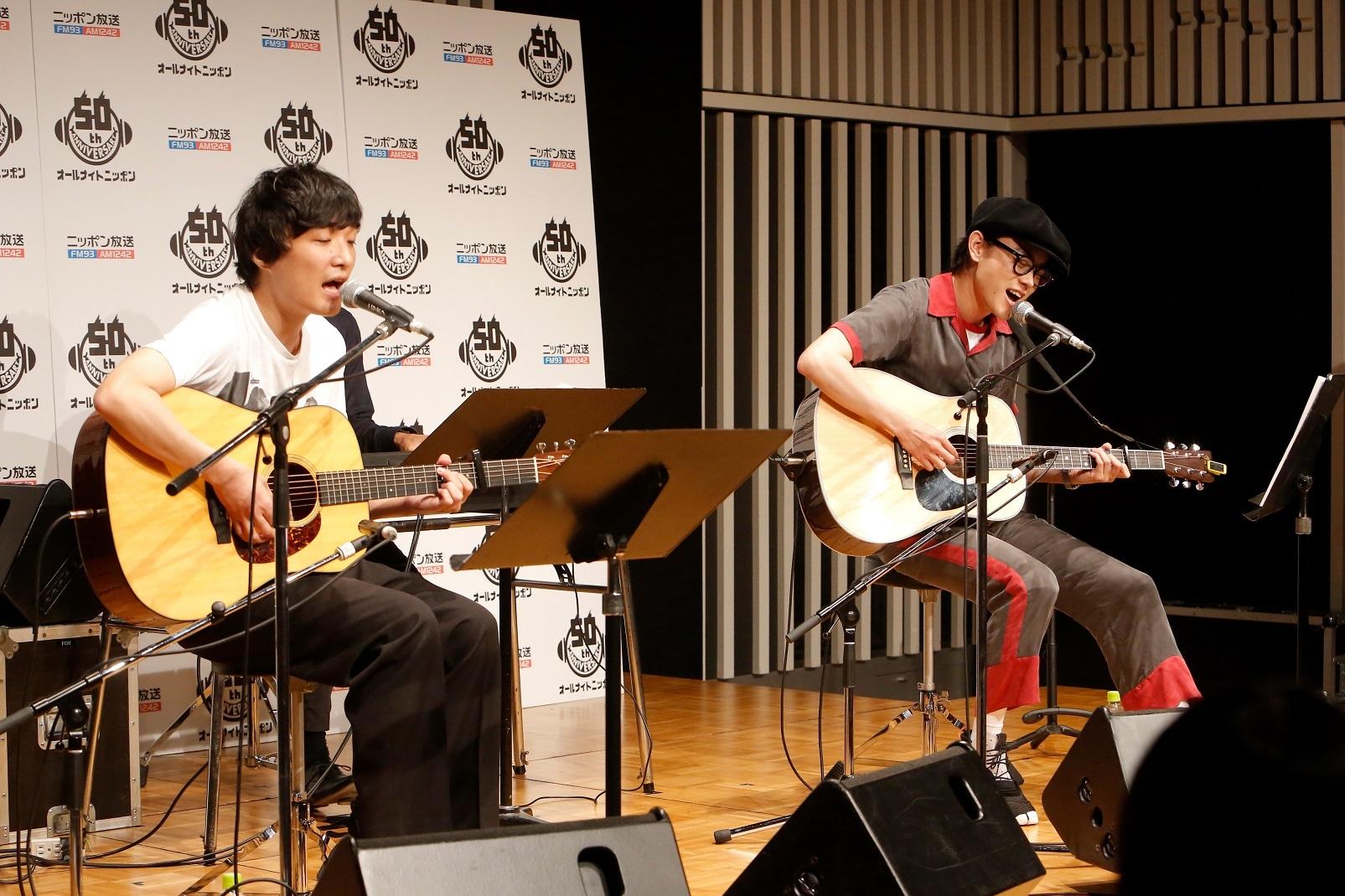 左から、石崎ひゅーい、菅田将暉