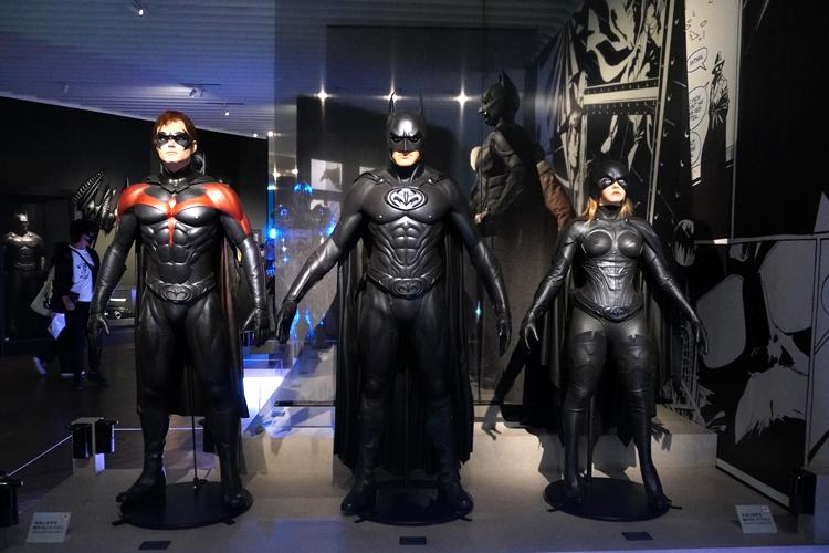 バットマンエリア展示風景 DC SUPER HEROES and all related characters and elements (C) & TM DC Comics. WB SHIELD: (C) & TM WBEI. (s21)