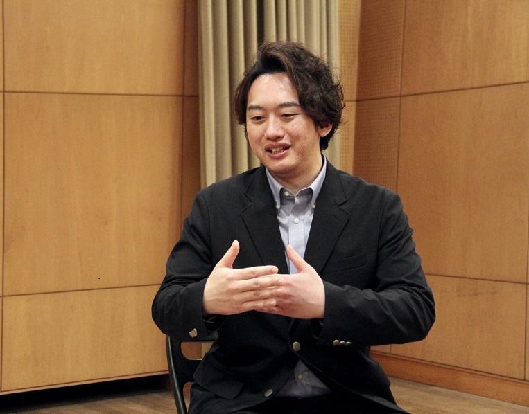 平欣史(バス)     (C)H.isojima