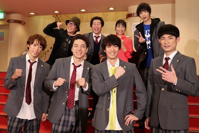 (前列左から)越岡裕貴、福田悠太、辰巳雄大、松崎祐介(後列左から)小林顕作、前野朋哉、三倉茉奈、野澤祐樹