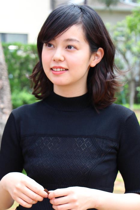 菊沢真理恵役の青柳文子