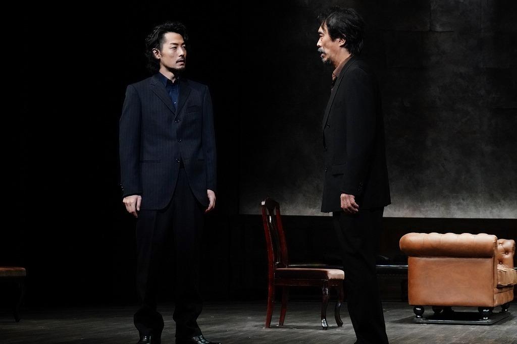 (左から)福士誠治、益岡徹  撮影:田中亜紀