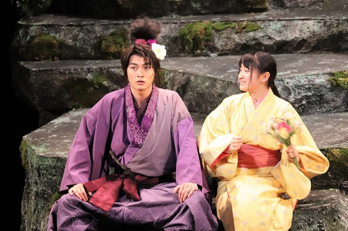日髙麻鈴さん演じるぬいは、結木さん演じる現八にこんなお茶目な事を(笑)