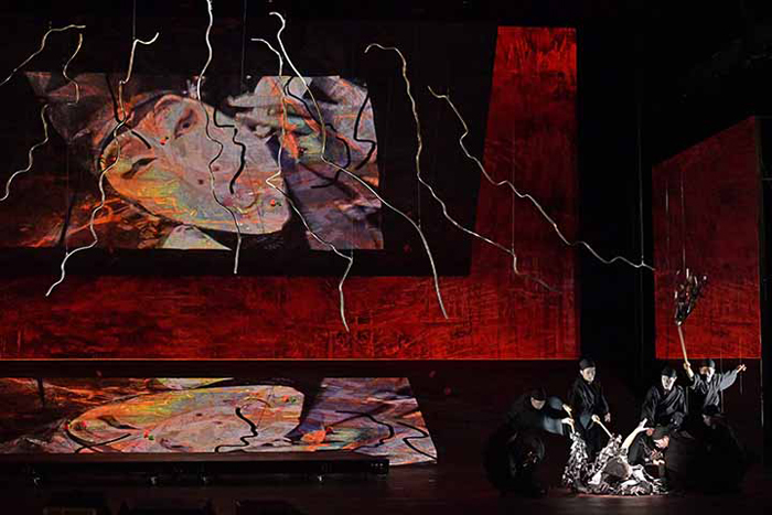 新国立劇場オペラ《紫苑物語》ゲネプロより(撮影:寺司正彦、写真提供:新国立劇場)