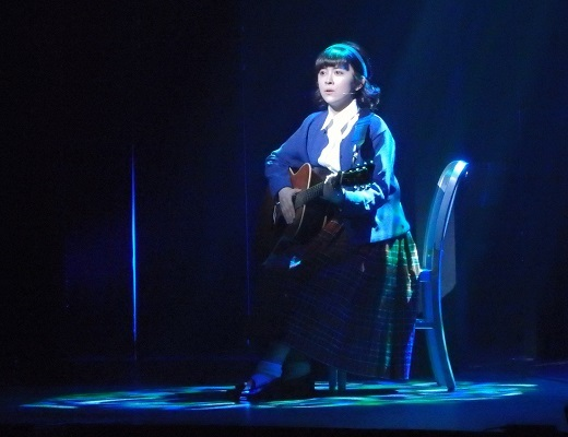 ラフルアー宮澤エマ演じるローズ。撮影/石橋法子