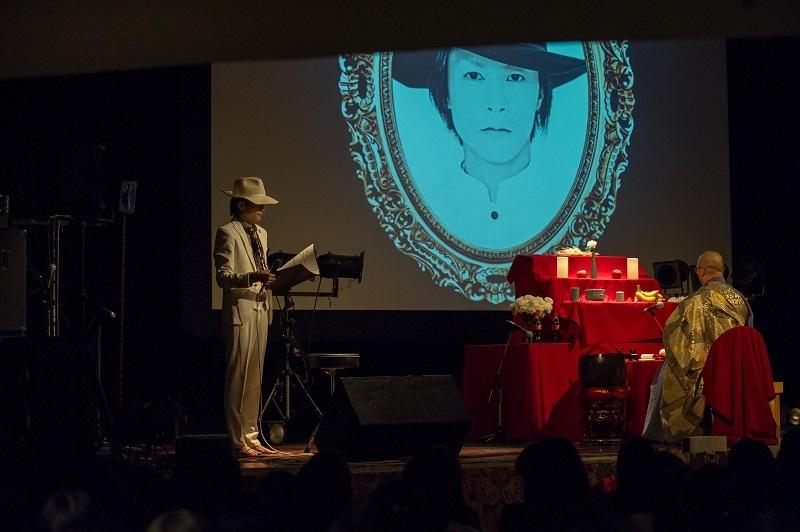 ガラ『第二回 自作自演』第一部「ガラ生前葬」 2017.7.6東京キネマ倶楽部 撮影=中村 卓