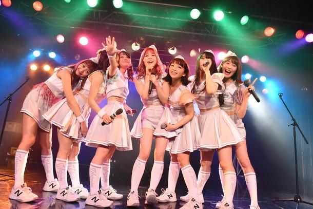 本日4月30日に東京・新宿BLAZEで行われたイベント「PASSPO☆モバイル限定フライト」の様子。