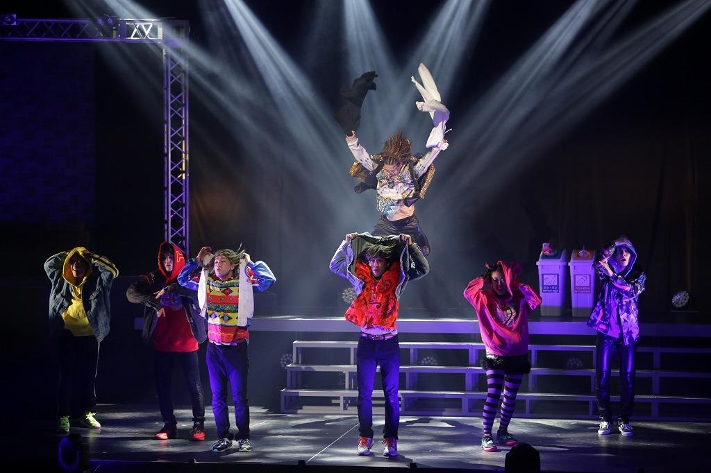 梅棒 11th STAGE『ラヴ・ミー・ドゥー!!』 (C)飯野高拓[梅棒]