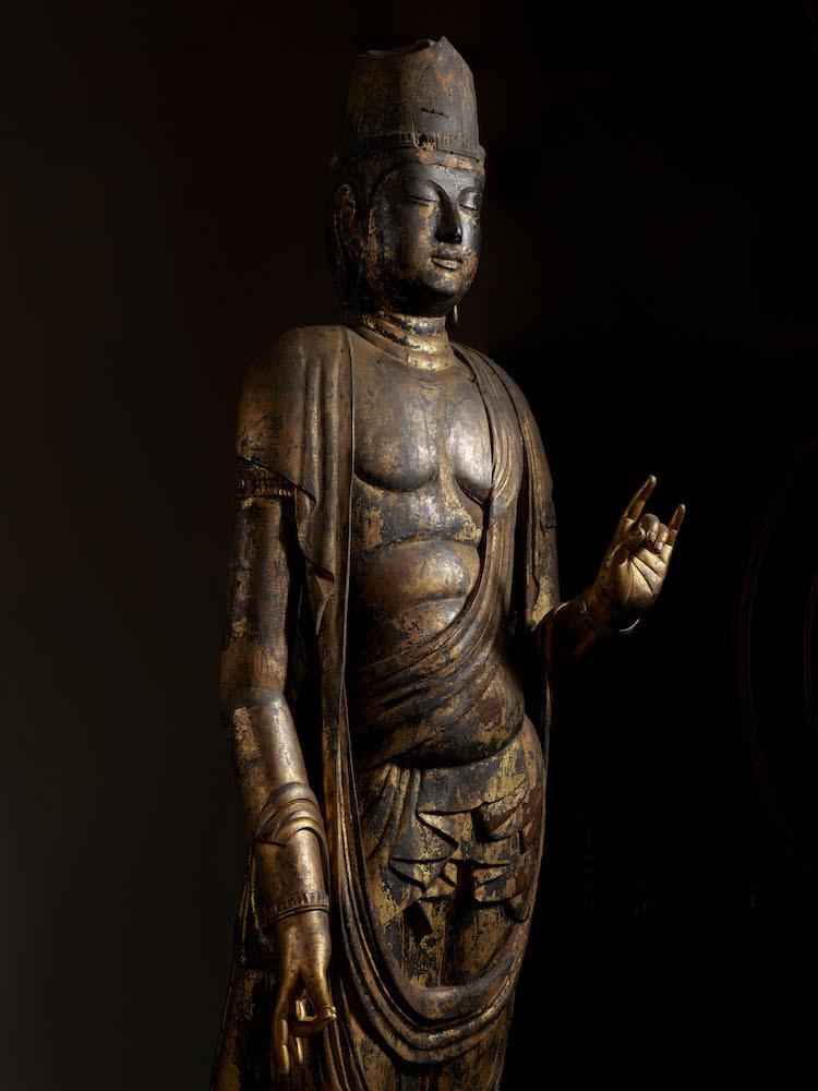 月光菩薩立像(部分) 平安時代・10~11世紀 奈良・正暦寺蔵