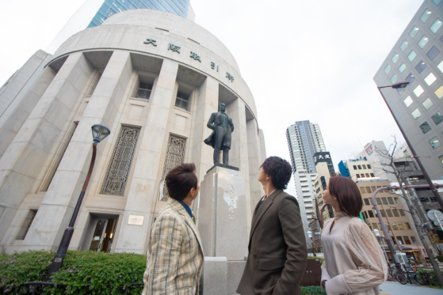 左から、西川貴教、三浦翔平、森川葵