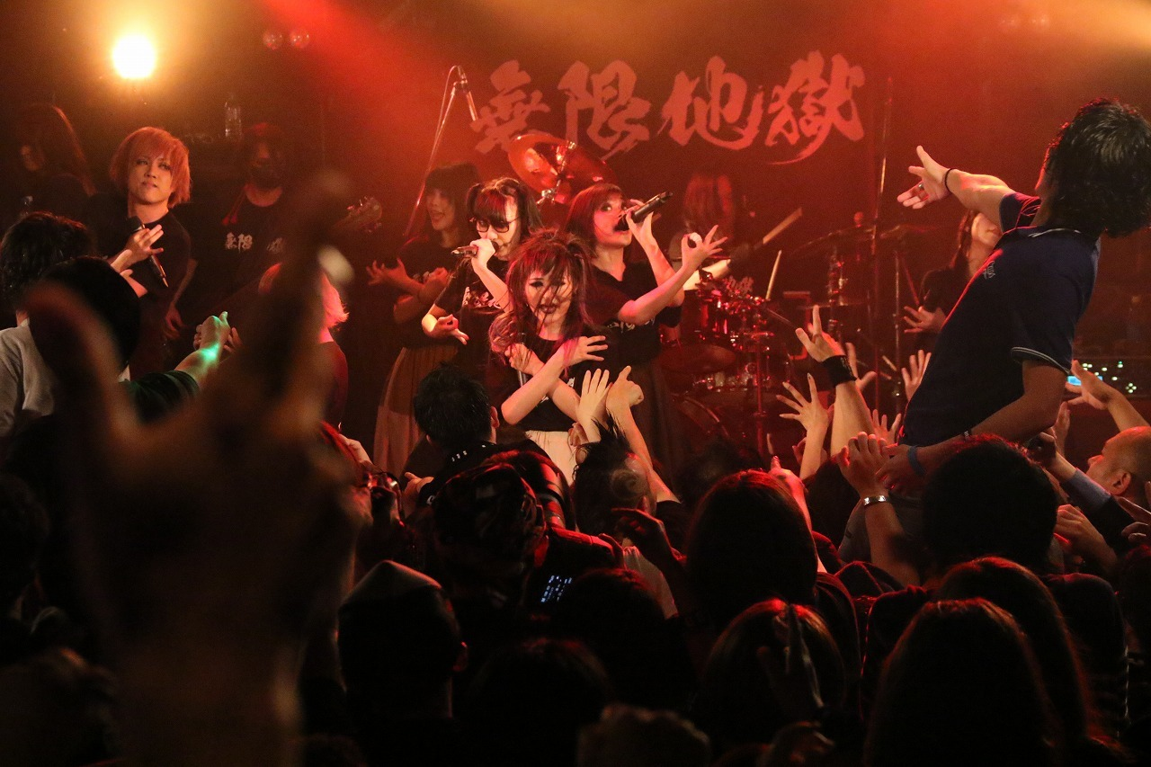 BiSH×LSN『IDOL VS VISUAL vol.3 [CHAOS PARTY]』2017.5.23 高田馬場AREA