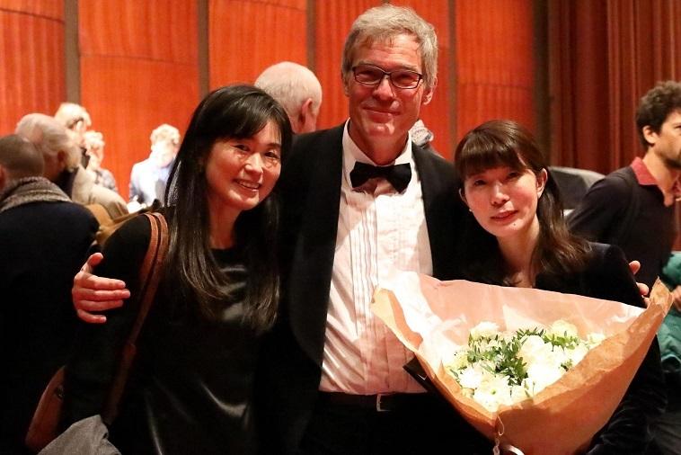 受賞作のソリスト、エルネスト・ロンバウトと彼の奥様と一緒に