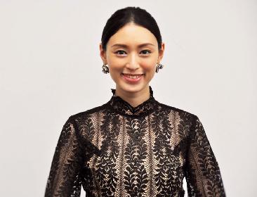 栗山千明が5年ぶりの舞台『ミッドナイト・イン・バリ』を大阪で大いに語る