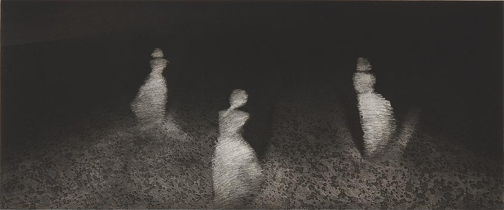 アラヤー・ラートチャムルンスック《私たちが若かったころ》(「女性像」シリーズより)1990年 エッチング、紙 38.9 x 93.4 cm 所蔵:森美術館、東京