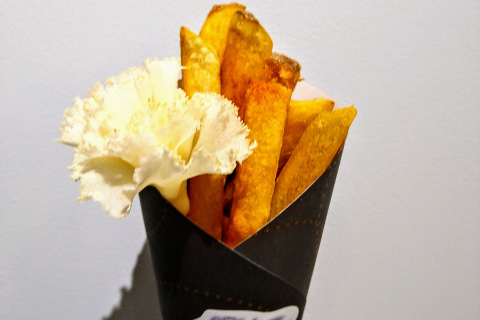 花びらのようなチーズをトッピング(Bouquet )