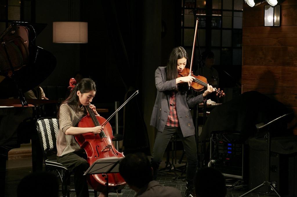 ヴァイオリン花井悠希、チェロ林はるか
