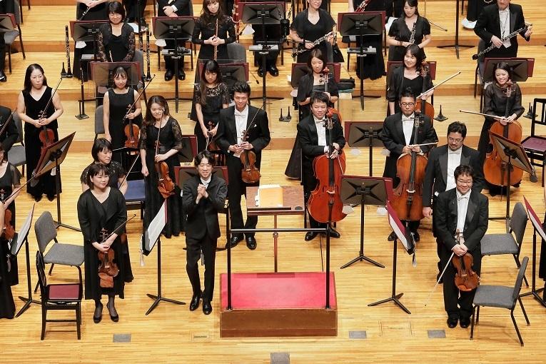 直近の定期演奏会の様子。指揮は川瀬賢太郎。(2020.10 ザ・シンフォニーホール) (C)s.yamamoto