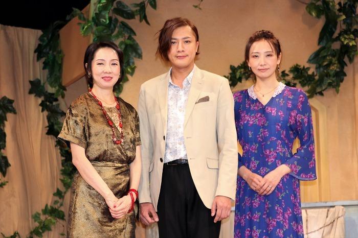 (左から)那須佐代子、内博貴、大空ゆうひ