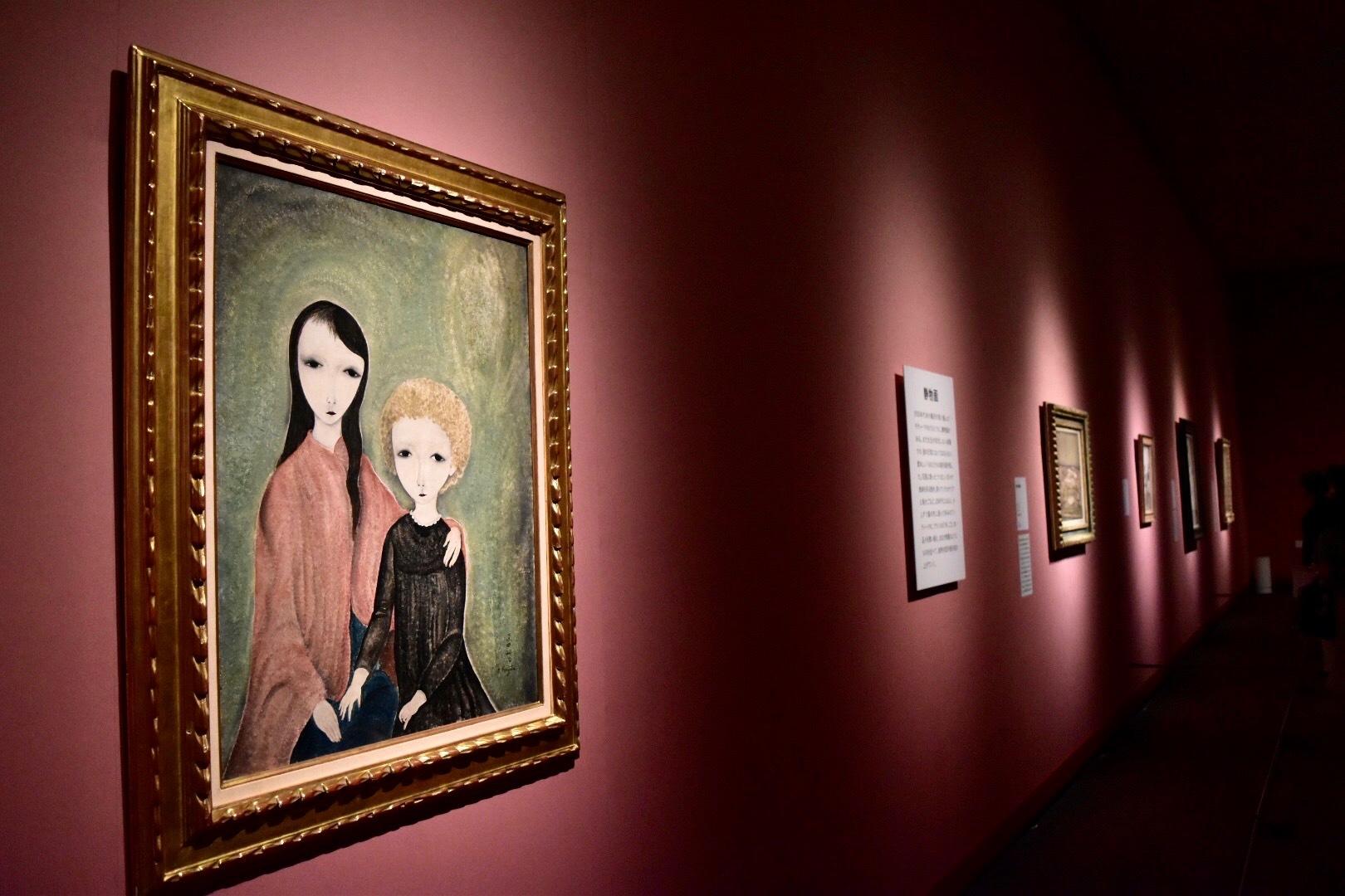 《二人の少女》 1918年 プティ・パレ美術館(スイス・ジュネーヴ)蔵 (C) Foundation Foujita / ADAGP , Paris & JASPAR , Tokyo , 2017 E2833