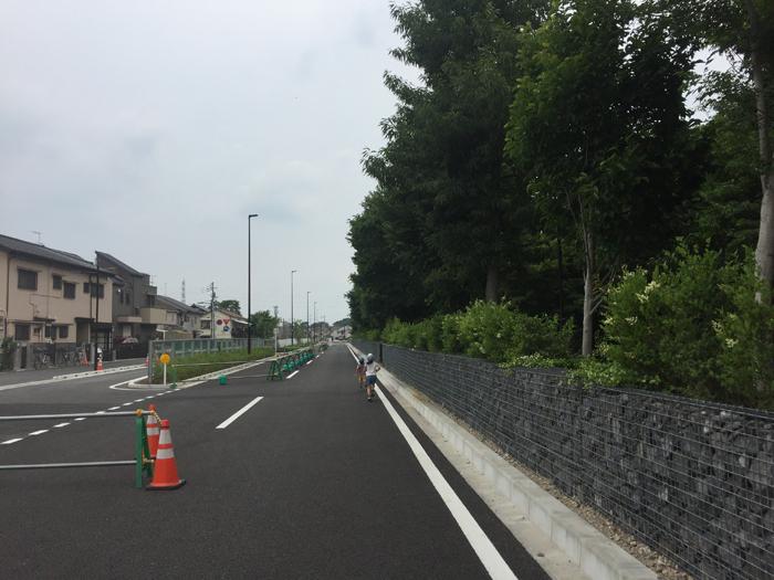開通前の東八道路