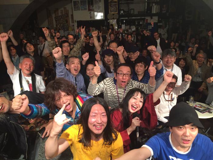 終演直後の金属恵比須 (写真:バンド提供)