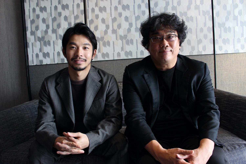 左から、仲野太賀、ポン・ジュノ監督