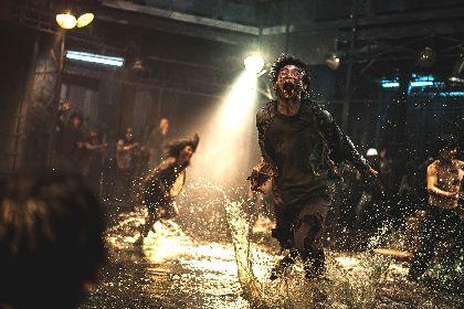 カン・ドンウォン VS 狂暴化した感染者たち、終末的な世界観も……映画『新感染半島 ファイナル・ステージ』場面写真を一挙公開