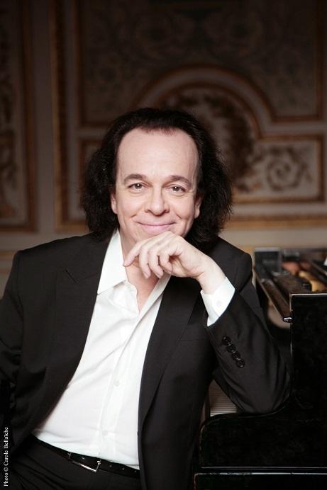 シプリアン・カツァリス(ピアノ)