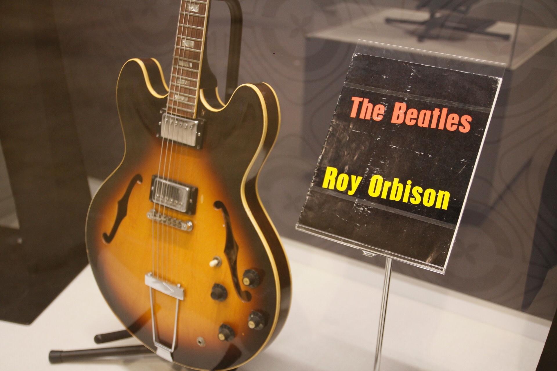 伝説のシンガー ロイ・オービンソンのギター