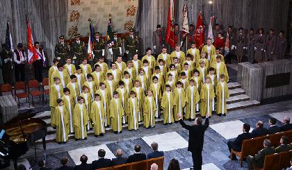 チェコ少年合唱団 「ボニ・プエリ」が3年ぶりの来日 クリスマス・コンサートを控える団員たちにインタビュー