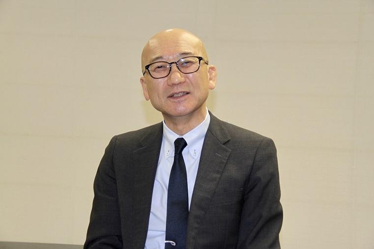 楽団長 手塚裕之    (C)H.isojima