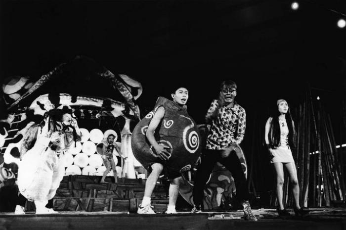 『スカラベ』(1994年 福岡天神特設野外ステージ)