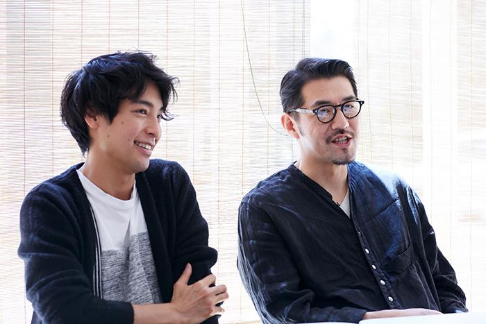 海宝直人(左)×吉原光夫(右)『お月さまへようこそ』