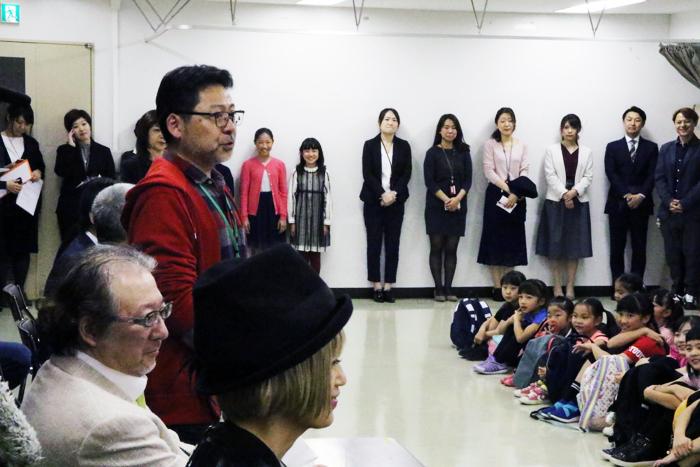 演出の山田和也、音楽監督の佐橋俊彦、振付・ステージングの広崎うらん