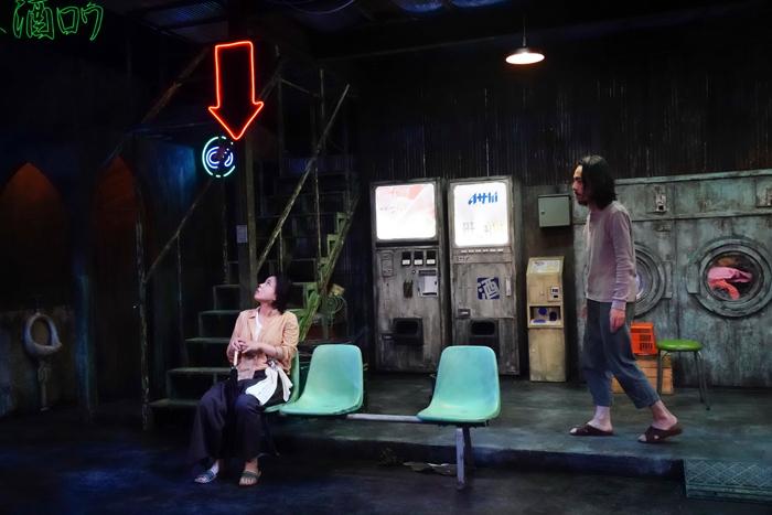 左:安藤玉恵 右:金子清文 (撮影:田中亜紀)