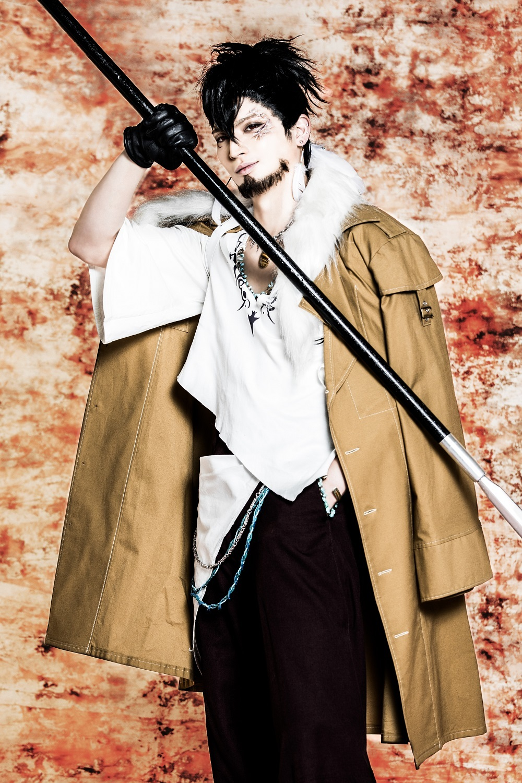 ⼩波津亜廉(根津甚⼋ 役) (C) 霜⽉かいり・KADOKAWA / 2018 舞台「BRAVE10〜燭〜」製作委員会