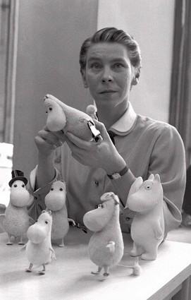 トーベ・ヤンソン /1956年 出典=ウィキメディア・コモンズ (Wikimedia Commons)