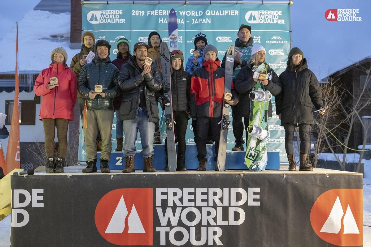 1月14日(月)に行われた日本人選手選考会『FWQ Freeride Hakuba 3*』での表彰者たち freerideworldtour.com/T.TAYAGAKI