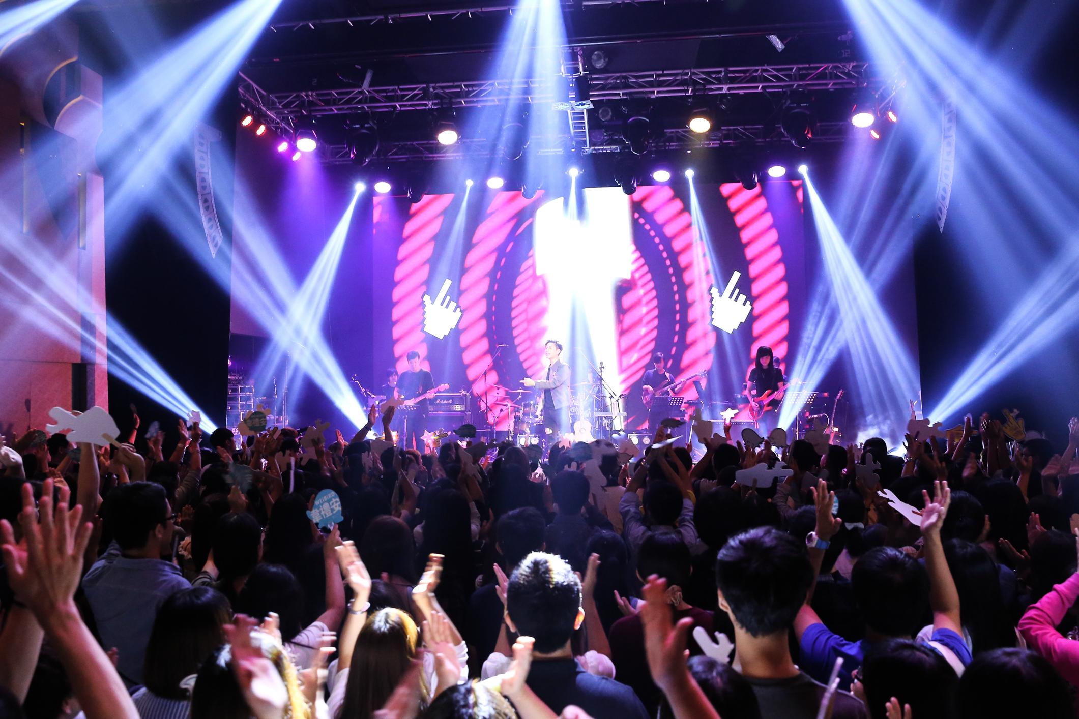韋禮安<硬戳>Live Show 台北公演 写真提供:福茂唱片
