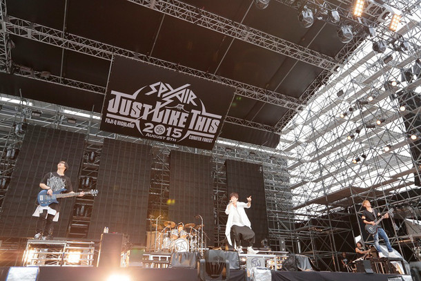 「JUST LIKE THIS 2015」の様子。