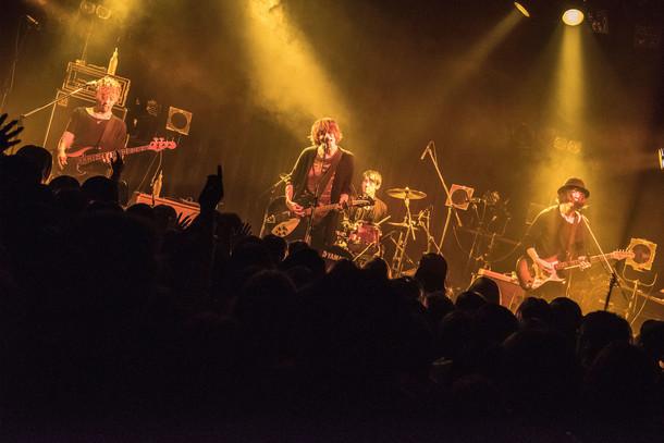 カフカ「『Tokyo 9 Stories』Release Tour【LIVE 9 CITIES】」東京・UNIT公演の様子。(Photo by Daisuke Miyashita)