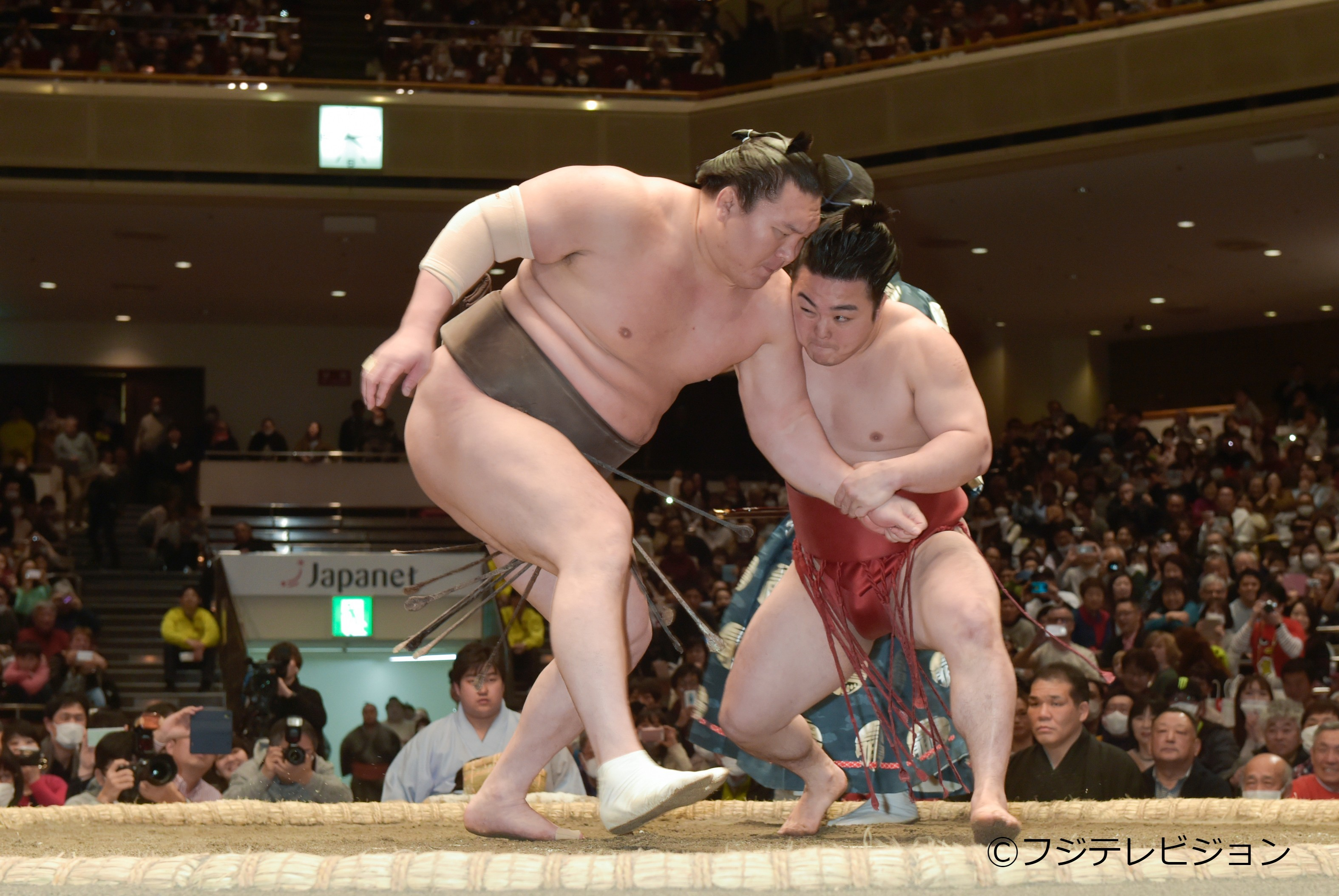 前回大会では白鵬と炎鵬の師弟対決が実現した