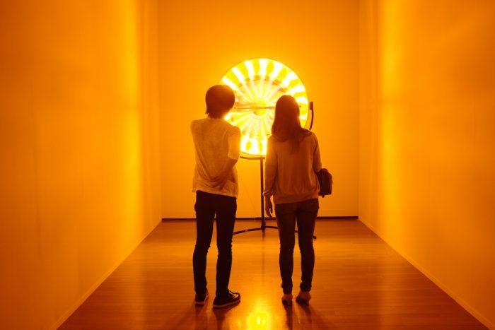 オラファー・エリアソン《Eye see you》2006 ヨコハマトリエンナーレ2017展示風景