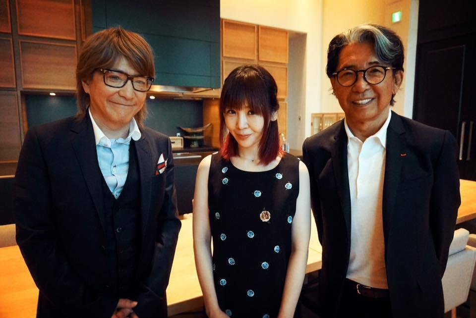 小室哲哉(写真左) / 大森靖子(写真中央)